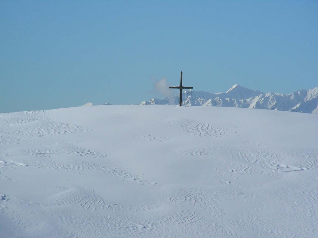 tra neve e cielo